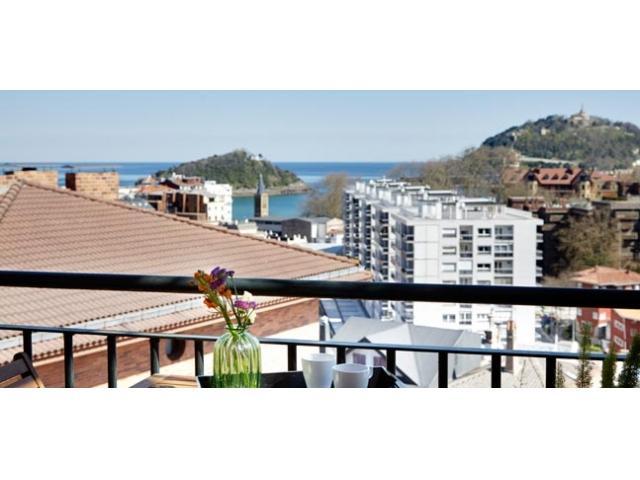 La isla | Views, WiFi, Parking and Terrace - Image 1 - San Sebastian - Donostia - rentals