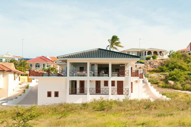 Luxurious tropical 7 bedroom villa in Jan Thiel - Image 1 - Curacao - rentals