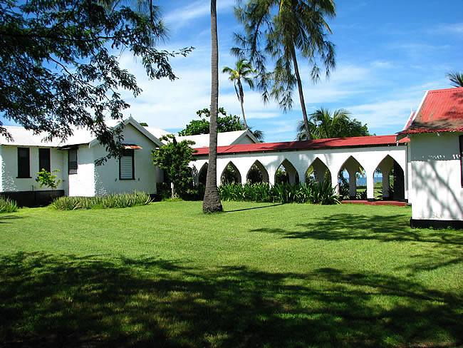 Folichon Built in 1939, Filled with Charm & Warmth - Image 1 - Treasure Beach - rentals