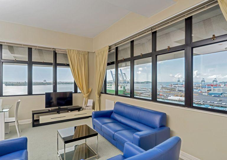 Sunny corner apartment on the waterfront. - Holiday Lets 2 bedroom Apartment on Auckland Waterfront - Auckland - rentals
