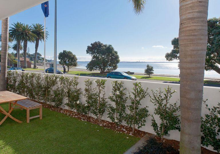 Views of St Heliers Beach. - Modern Waterfront 2 Bedroom Apartment in St Heliers Opposite the Beach - St Heliers - rentals
