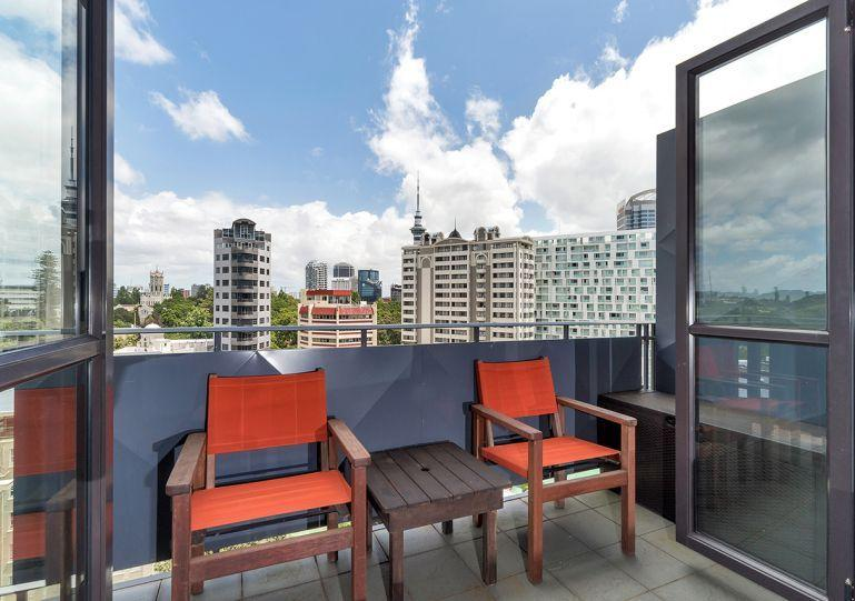 Penthouse apartment in legal district - Two Bedroom One Bathroom Apartment in Quiet Legal District of Auckland, New Zealand - Albany - rentals