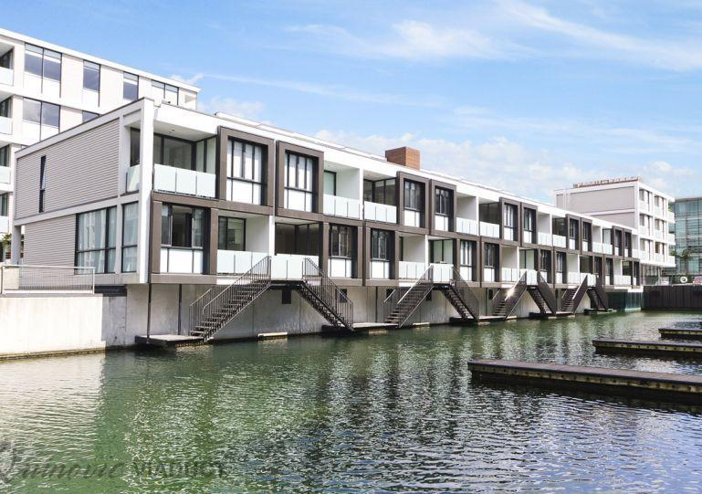 Your apartment has its own access to the waterway. - Lighter Quay Auckland 2 Bedroom Ground Floor Serviced Apartment - Auckland - rentals