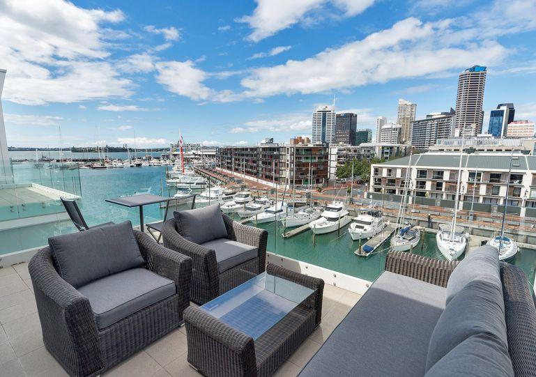 Expansive views of the Viaduct Harbour - Penthouse 3 Bedroom Viaduct Harbour Auckland NZ - Auckland - rentals
