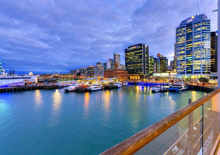 Stunning views from this waterfront apartment - Stunning Newly Furnished Waterfront One Bedroom Apartment in Auckland - Auckland - rentals