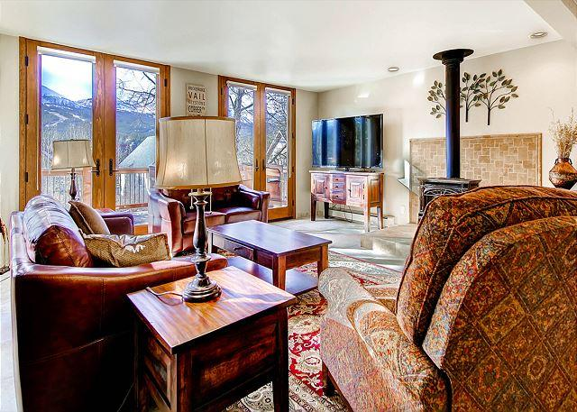 Raven Call Chalet - 10 Bedroom in town chalet in Historic Breckenridge with wonderful views - Breckenridge - rentals