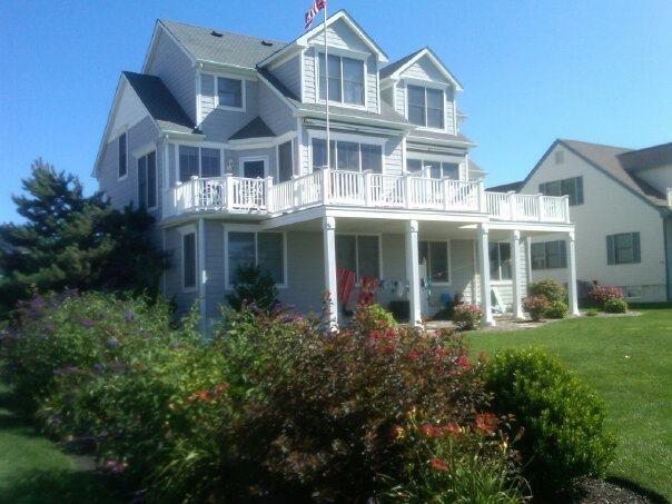 WATER VIEW TWIN ONE BLOCK TO BEACH 114270 - Image 1 - Cape May - rentals
