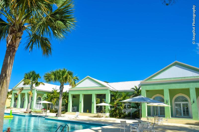 Club House and Pool - Little Bay Country Club - Negril - rentals