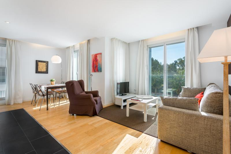 Large Living Room - Homearound Rambla Suite & Pool 22 (1BR) - AUTUMN STAYs PROMO - Barcelona - rentals
