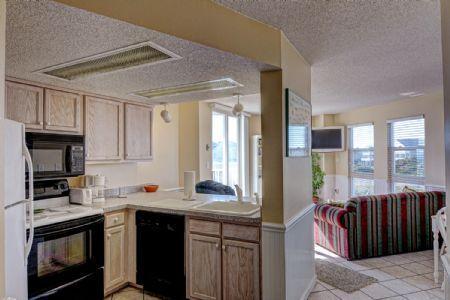 Full Kitchen - ST. Regis 1101 - North Topsail Beach - rentals