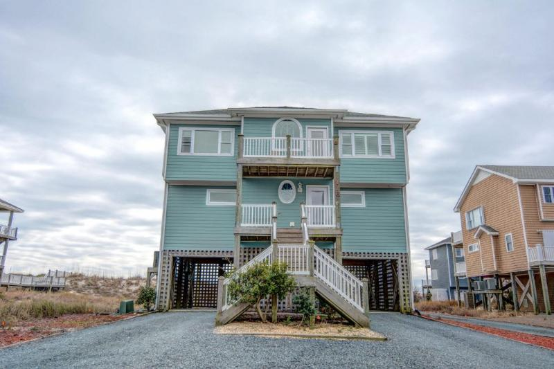 Front of home - 116 N. Permuda Wynd - North Topsail Beach - rentals