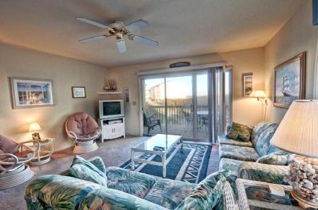 Living Area - 211 Surf Condos - Surf City - rentals