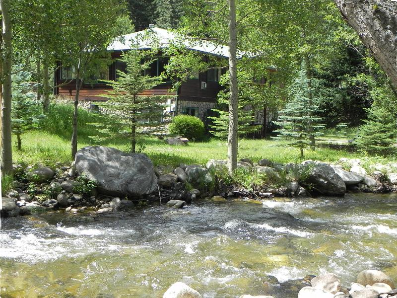 Lucky U Mountain Home - Image 1 - Allenspark - rentals