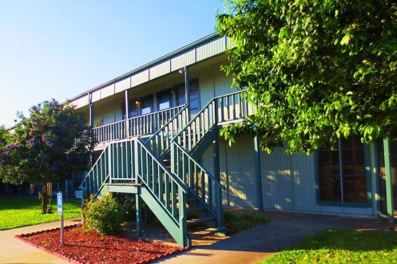 Pompano - affordable 1 bedroom condo - Image 1 - Port Aransas - rentals