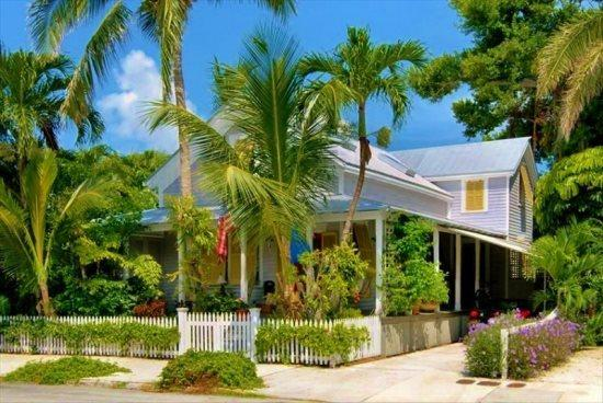 Key West Vacation Rental - Southard Comfort -  with off street parking for 2 cars - Sleeps up to 6: Southard Comfort Historic Old Town Private Pool - Key West - rentals
