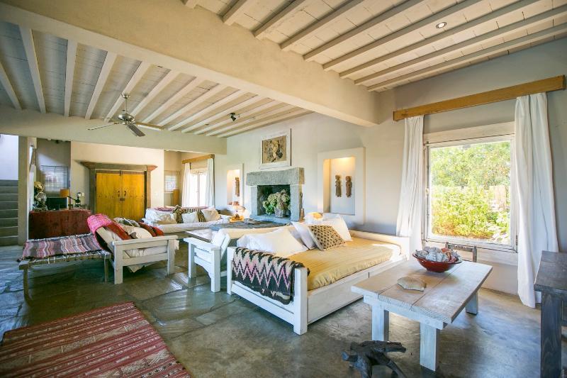 Picturesque 5 Bedroom Home El Chorro - Image 1 - Punta del Este - rentals
