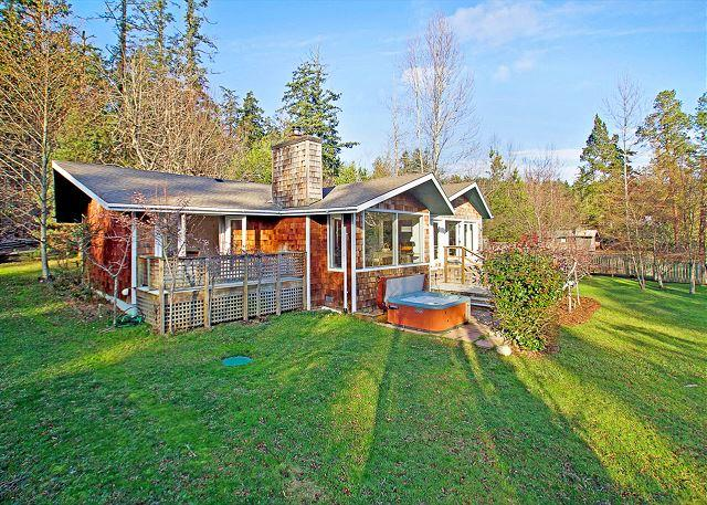 Waterfront Pet Friendly Waterfront Home with Hot Tub! (Mitchell Bay Shores) - Image 1 - Friday Harbor - rentals