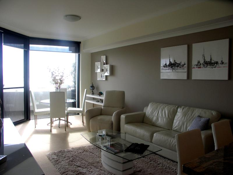 Waterfront Nautilus apartment - Waterfront@Nautilus - Rockingham - rentals