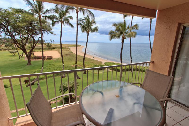 Lanai - Beachfront, Spectacular Views, Close to Everything - Kihei - rentals