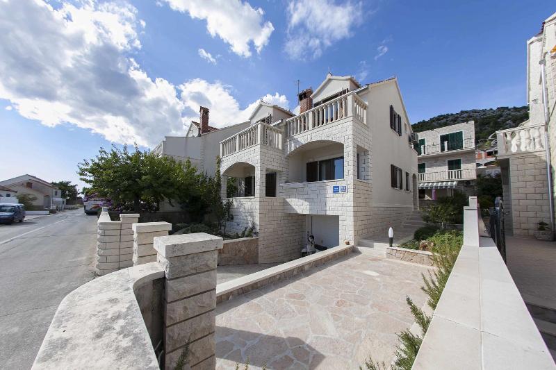 house - 00101BOL  A1(2+2) - Bol - Bol - rentals