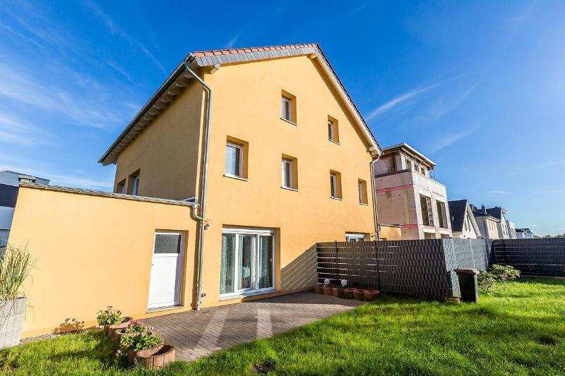 Spacious house in quite area with terrace - 21 Holiday house Cologne Lövenich - Cologne - rentals