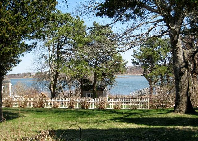 PICTURE PERFECT CAPE ON TOWN COVE EASTHAM! - Image 1 - Eastham - rentals