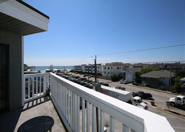 Summer Place A3 - Prime top floor end unit, one bedroom ocean view condo. - Image 1 - Wrightsville Beach - rentals