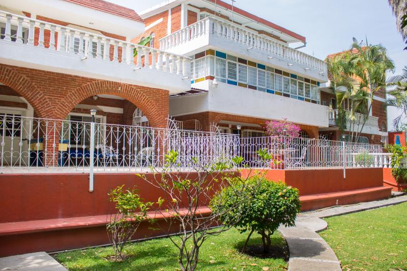 Quinta la Flor Sagrada  con servicio de Spa  ideal para descansar - Image 1 - Xochitepec - rentals