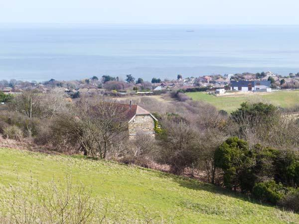 MOONLIGHT BAY APARTMENT, romantic, garden, pet-friendly, WiFi, near Fairlight, Ref 920345 - Image 1 - Fairlight - rentals