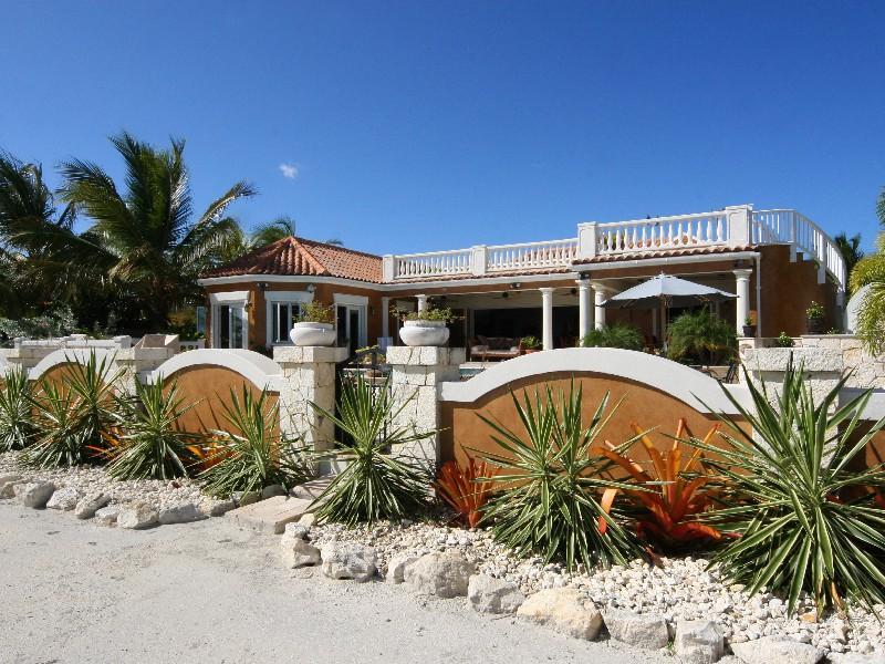 Sull Oceano Villa - Image 1 - Antigua - rentals