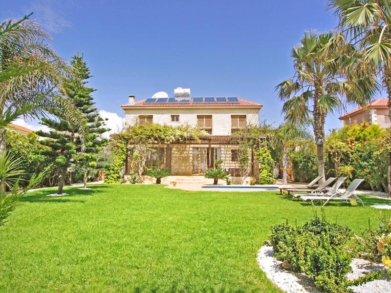 Villa Fusca - Image 1 - Liopetri - rentals