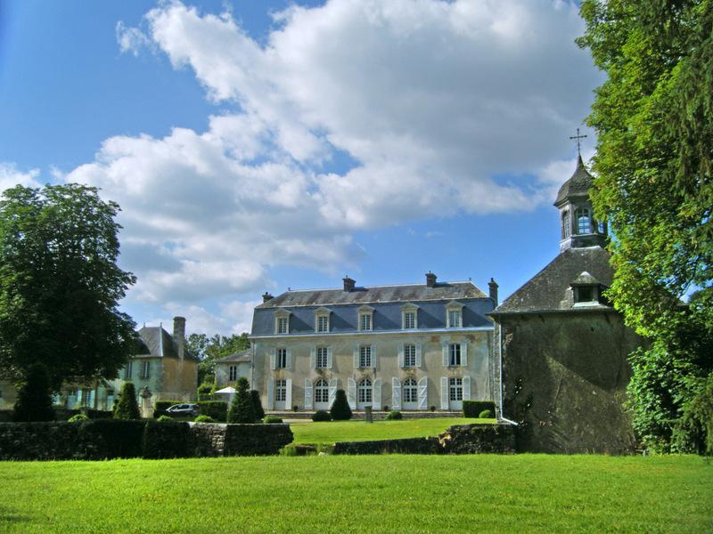 Chateau Perreault - Image 1 - Saint-Denis-sur-Sarthon - rentals