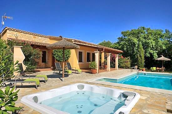 Villa Gazania - Image 1 - Alcudia - rentals