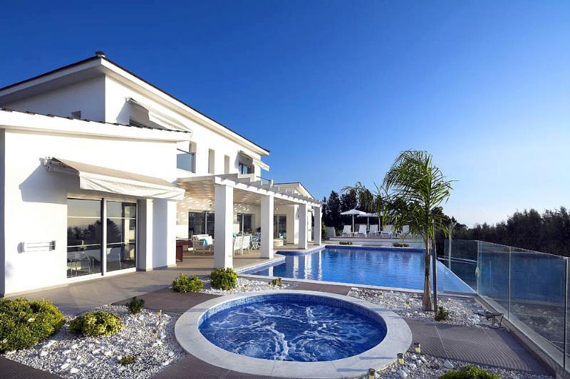 Villa Kissonerga - Image 1 - Coral Bay - rentals