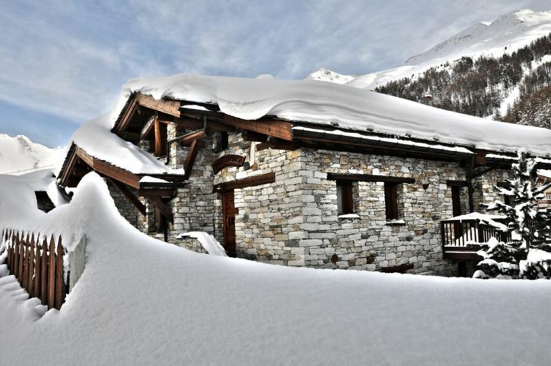 Chalet Aquavita - Image 1 - Val-d'Isère - rentals