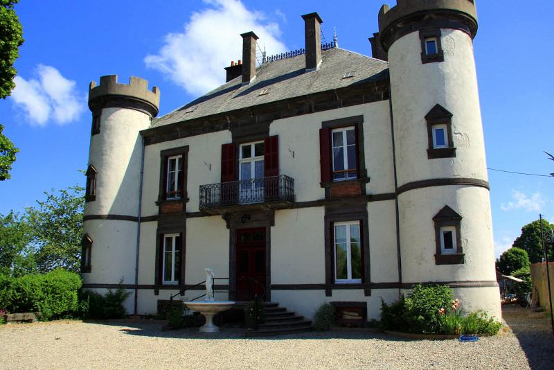 Chateau De Giats - Image 1 - Giat - rentals