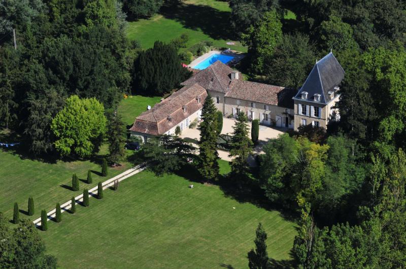 Chateau De Simon - Image 1 - Cahuzac - rentals