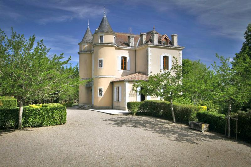 Chateau Seyches - Image 1 - Puymiclan - rentals