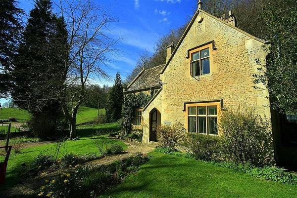Woodells Cottage - Image 1 - Uley - rentals