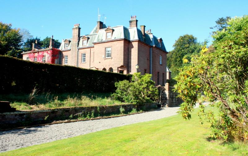 Cumbrian Mansion - Image 1 - Lazonby - rentals