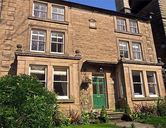 Knowles House - Image 1 - Peak District - rentals