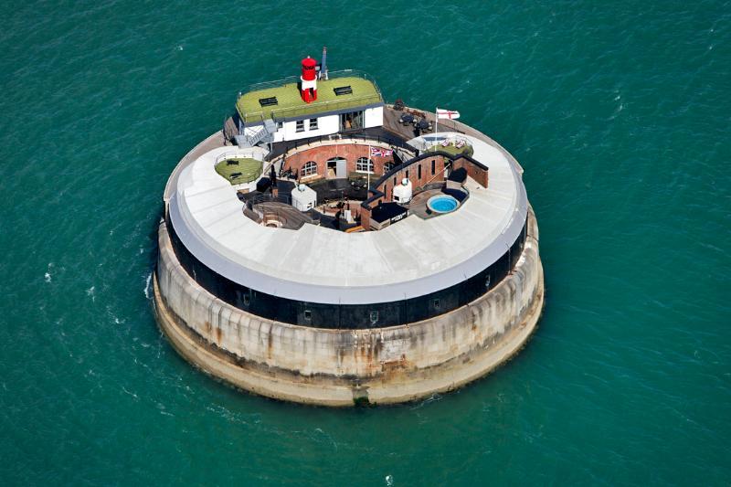 Napoleonic Fortress - Image 1 - Gosport - rentals