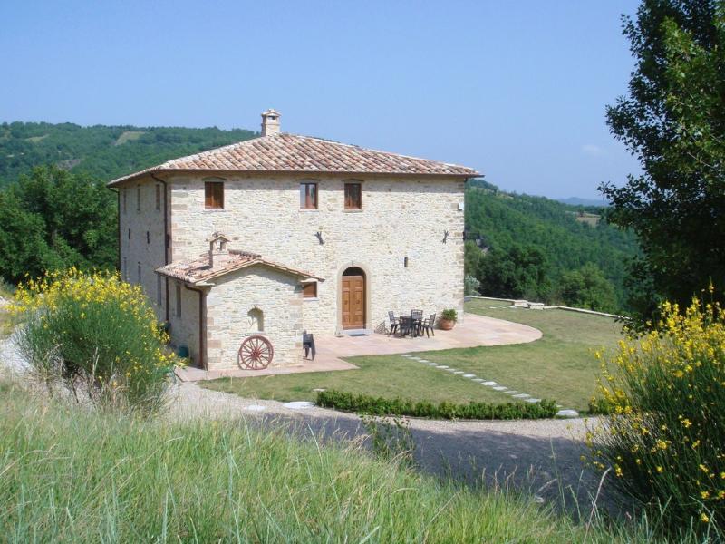 Villa Montone - Image 1 - Montone - rentals