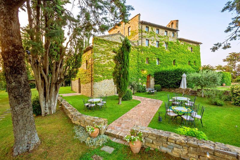 Villa Bastia - Image 1 - Spedalicchio - rentals