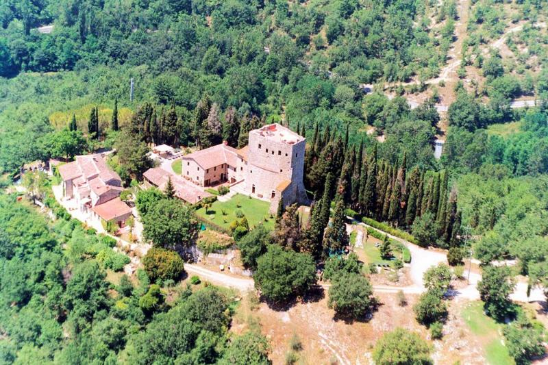 Castle Romantico - Image 1 - Tuscany - rentals