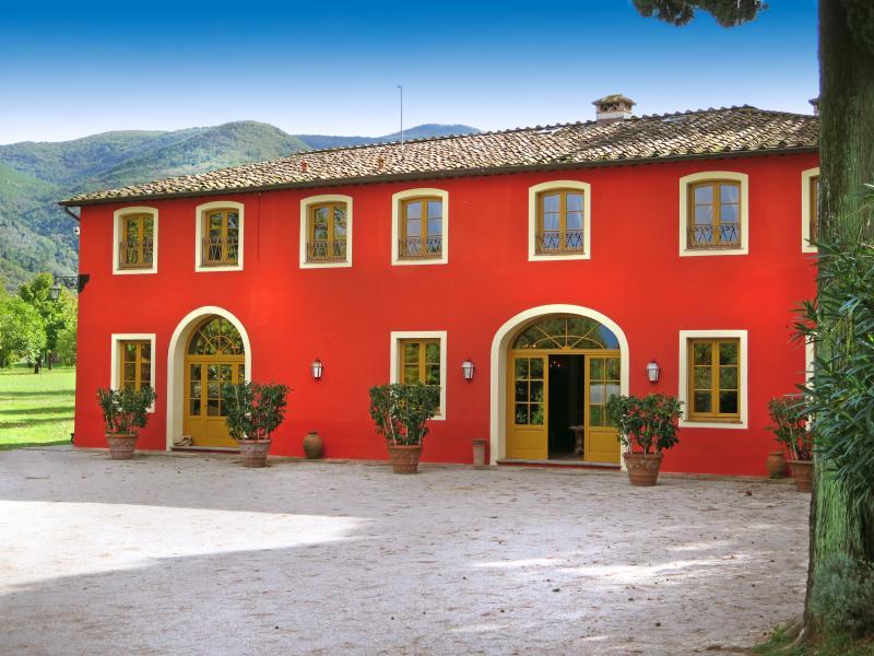 Villa Felice - Image 1 - Vorno - rentals
