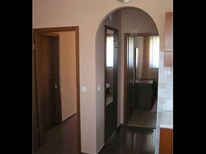 A1(2+1): hallway - 4568 A1(2+1) - Orebic - Orebic - rentals
