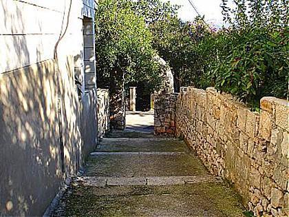 courtyard (house and surroundings) - 02114KORC SA1(2) - Korcula - Korcula - rentals