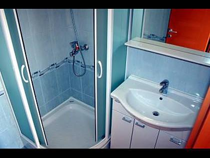 A1(4+1): bathroom with toilet - 5572 A1(4+1) - Rogoznica - Rogoznica - rentals