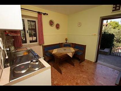 A2(2+1): kitchen and dining room - 8345  A2(2+1) - Supetar - Supetar - rentals